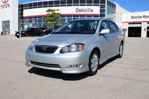 Pre-Owned 2006 Toyota Corolla Sport w/Moonroof FWD 4dr Car