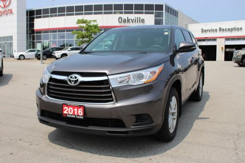 Pre-Owned 2016 Toyota Highlander LE AWD