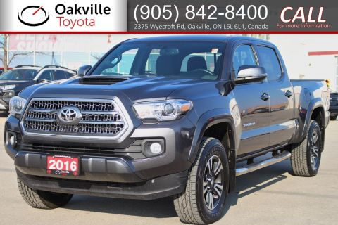 Pre-Owned 2016 Toyota Tacoma SR5 with Clean Carfax and Single Owner