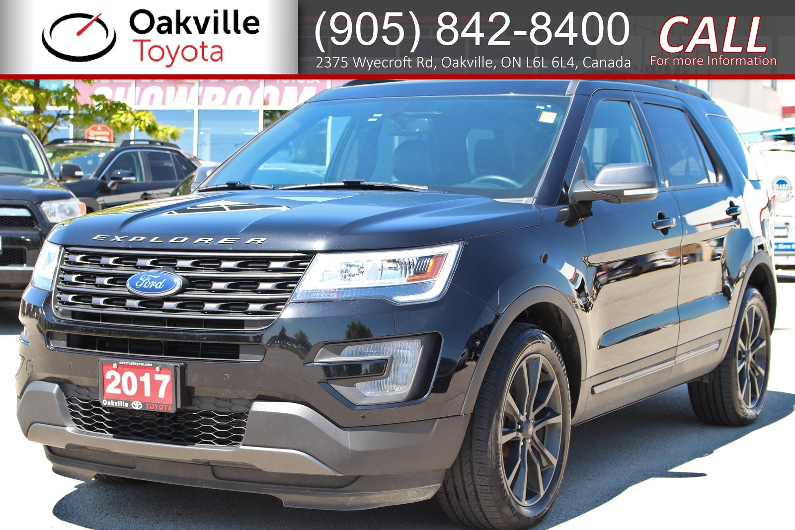 Pre-Owned 2017 Ford Explorer XLT with Clean Carfax and One Owner