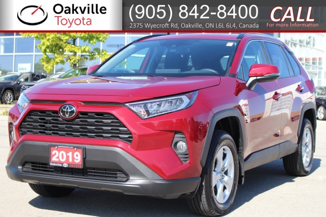 Pre-Owned 2019 Toyota RAV4 XLE AWD with Clean Carfax and One Owner