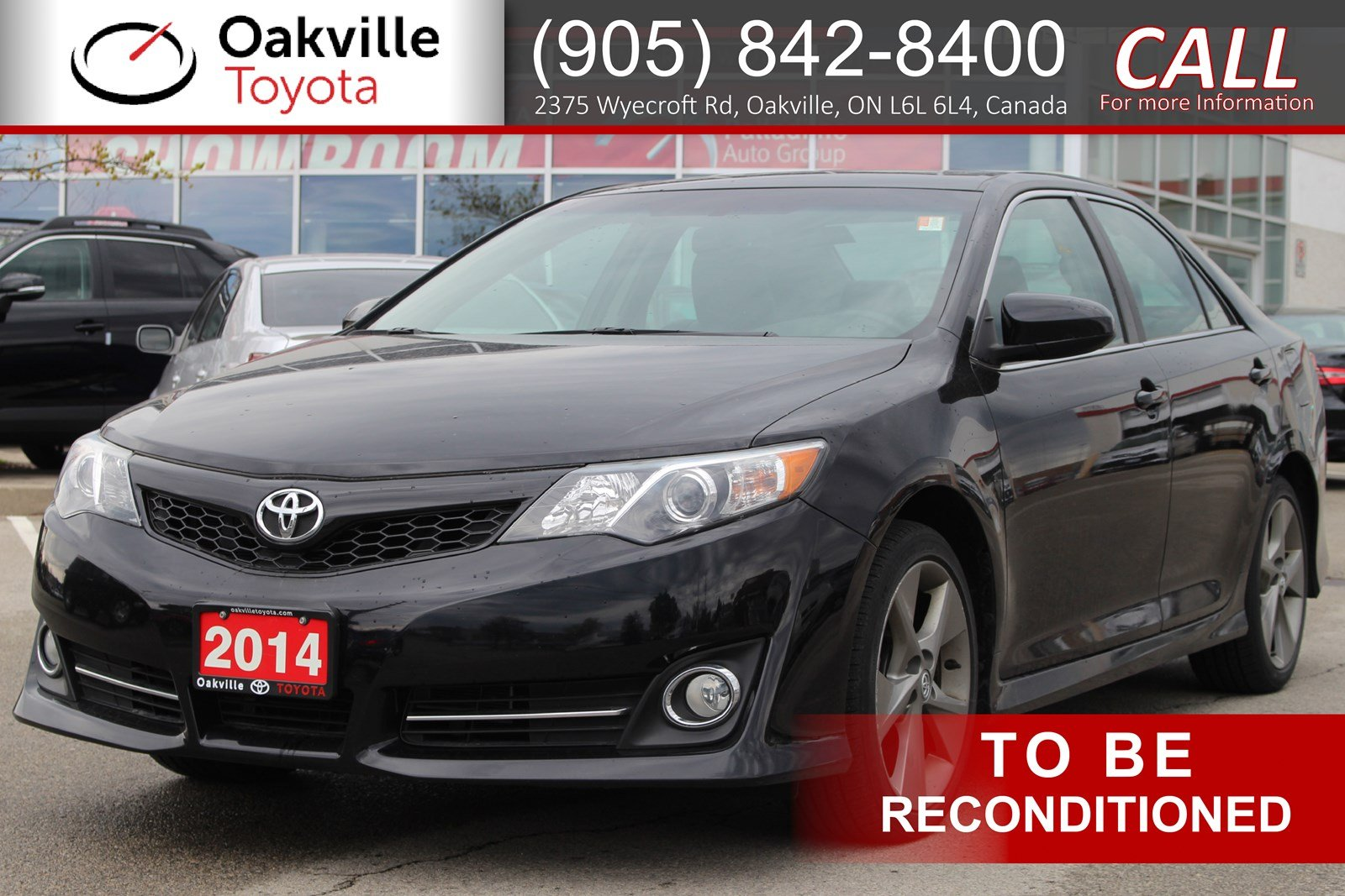 Pre-Owned 2014 Toyota Camry SE with Clean Carfax and Single Owner