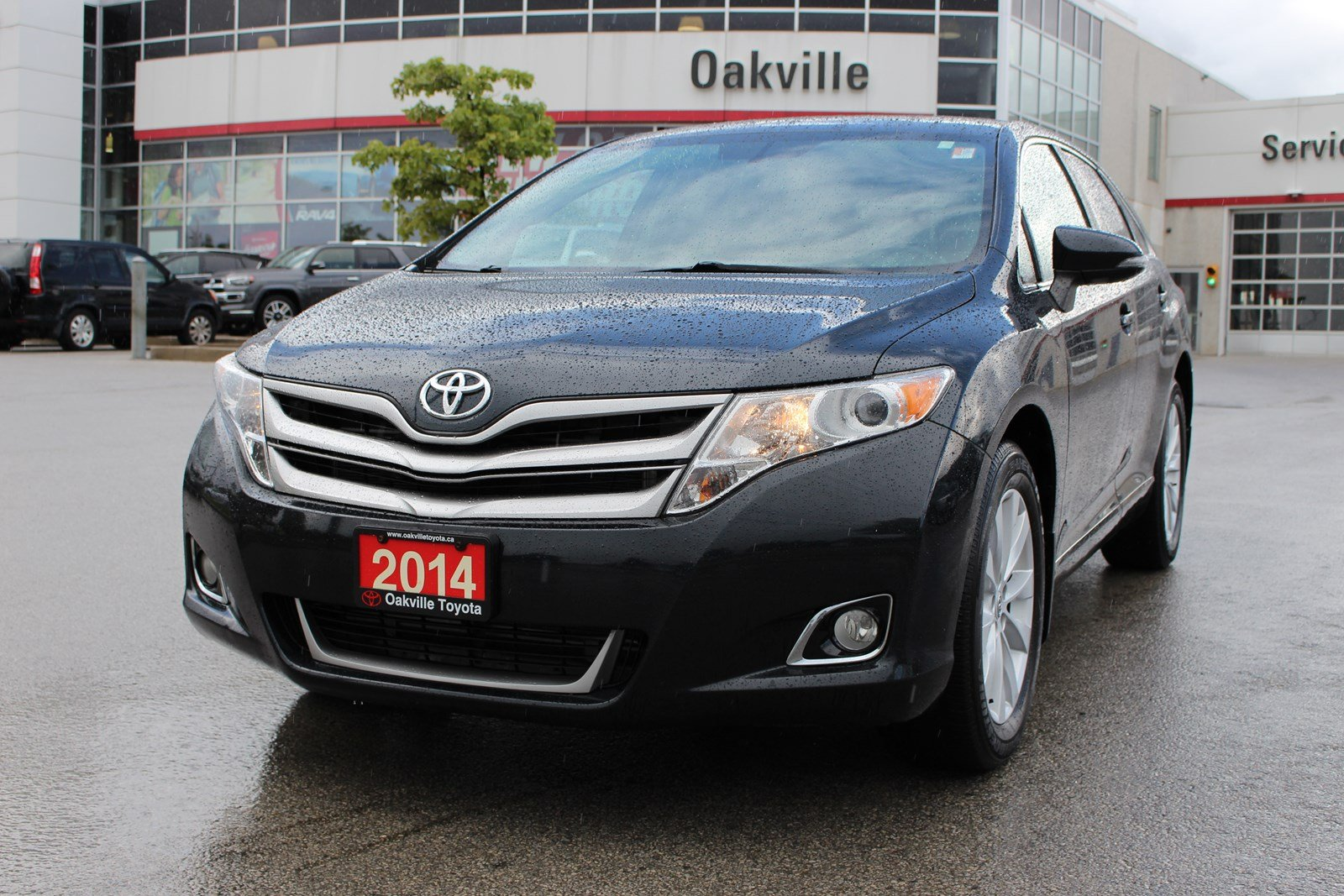 Pre-Owned 2014 Toyota Venza XLE AWD w/ Leather, Panoramic Roof & Backup Camera
