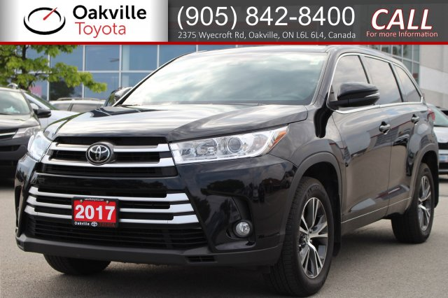 Certified Pre-Owned 2017 Toyota Highlander LE AWD with Clean Carfax