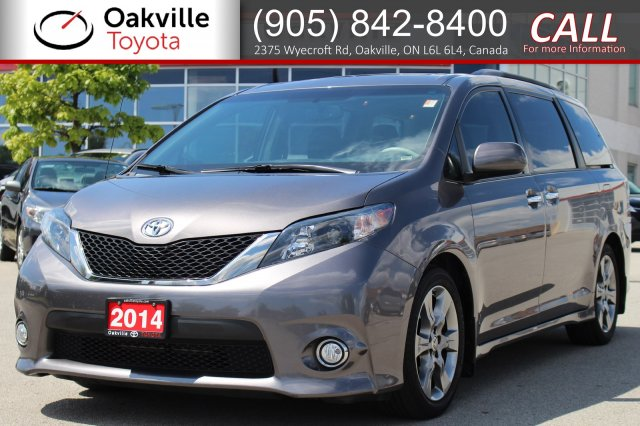 Pre-Owned 2014 Toyota Sienna SE with One Owner