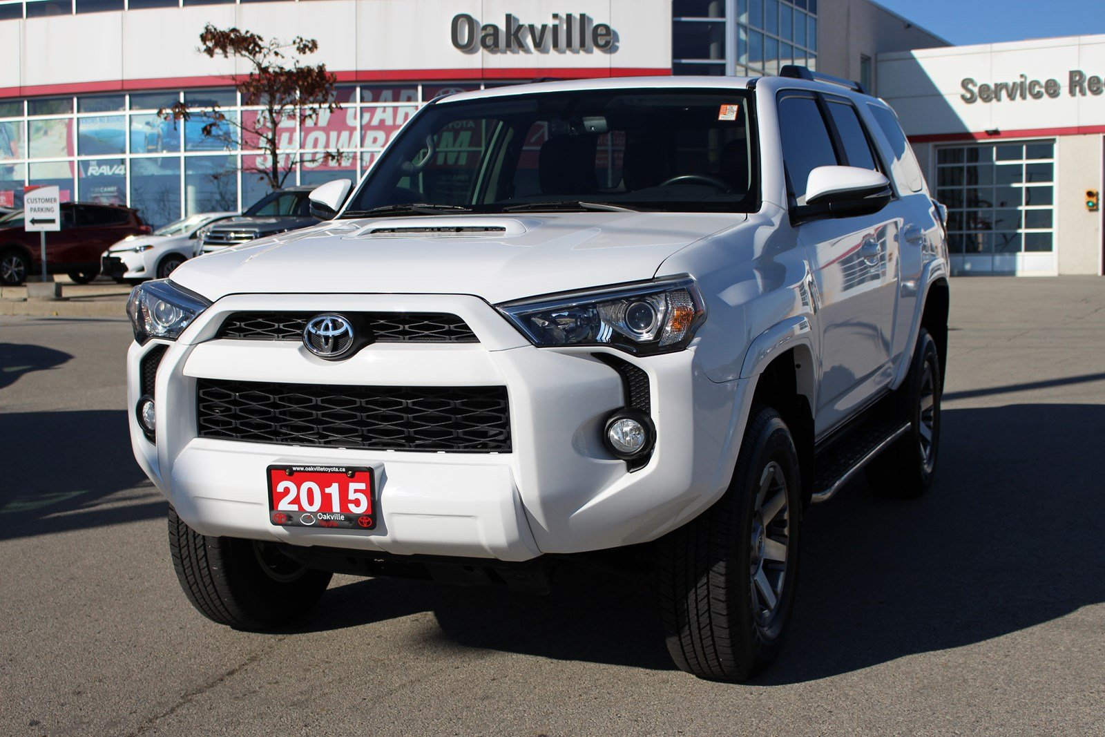 Pre-Owned 2015 Toyota 4Runner Trail Edition w/Leather & Moonroof