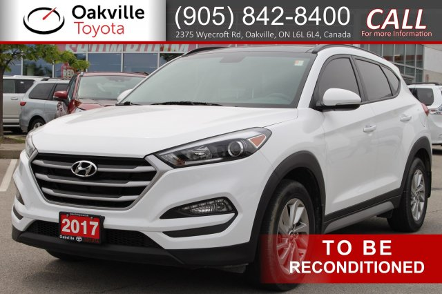 Pre-Owned 2017 Hyundai Tucson SE with Clean Carfax and One Owner