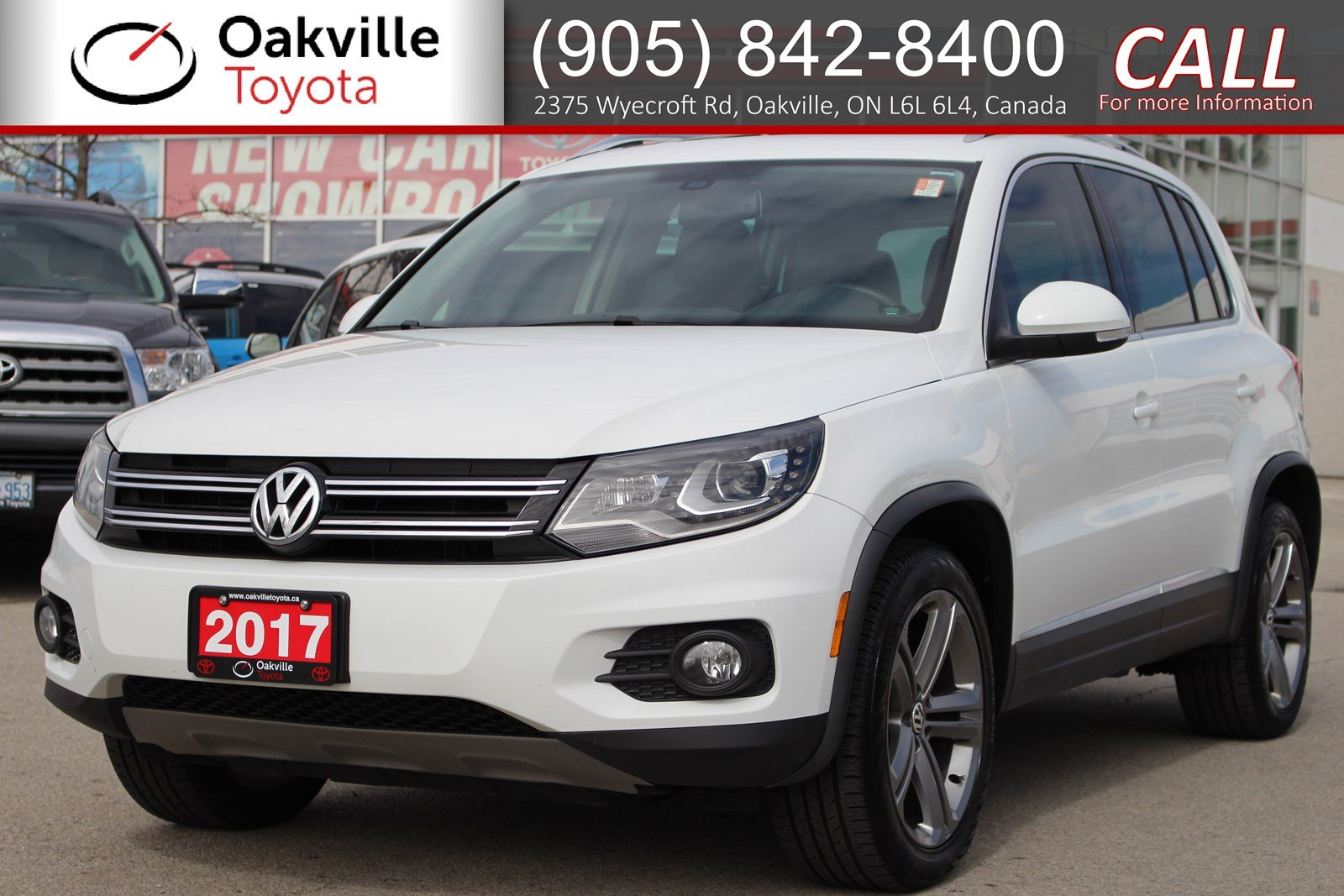 Pre-Owned 2017 Volkswagen Tiguan Highline AWD with Panoramic Sunroof and Leather Interior