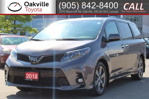 Pre-Owned 2018 Toyota Sienna SE 8-Passenger with Clean Carfax and One Owner