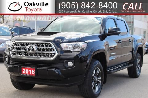 Pre-Owned 2016 Toyota Tacoma TRD Sport 5-Speed with Running Boards and Clean Carfax